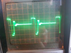 Q502 drain signal